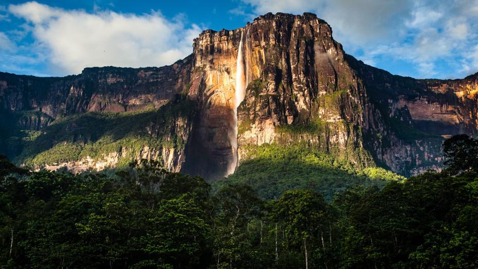 Du Salto Angel à l'archipel de Los Roques : immersion dans le Venezuela paradisiaque